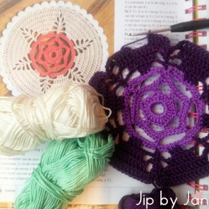 Mollie Makes Crochet Doily Jip by Jan | Mollie Makes Haken Doily Jip by Jan