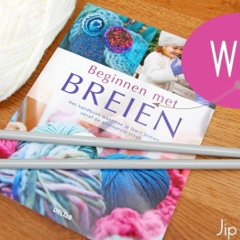 Book review and Give away – Knitting for the Absolute Beginner